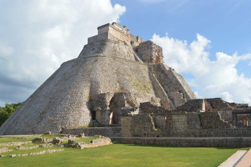 pyramid-568003_1280