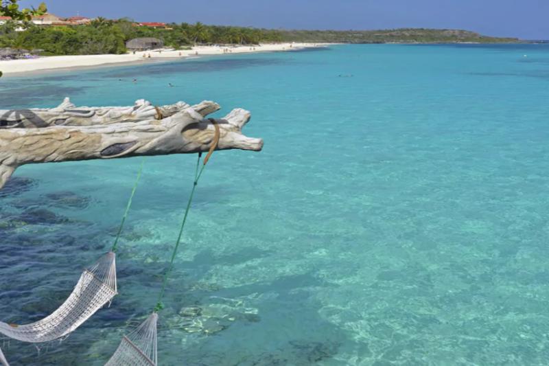 Widok na Playa Esmeralda